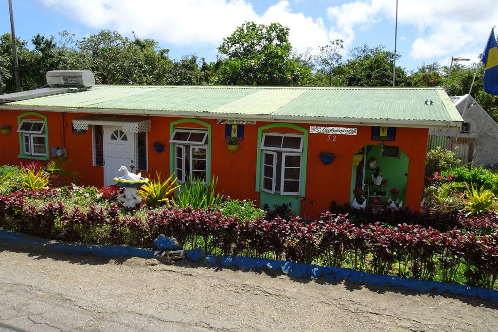 Typisches Haus auf Barbados: Gesehen bei einer Inselrundfahrt