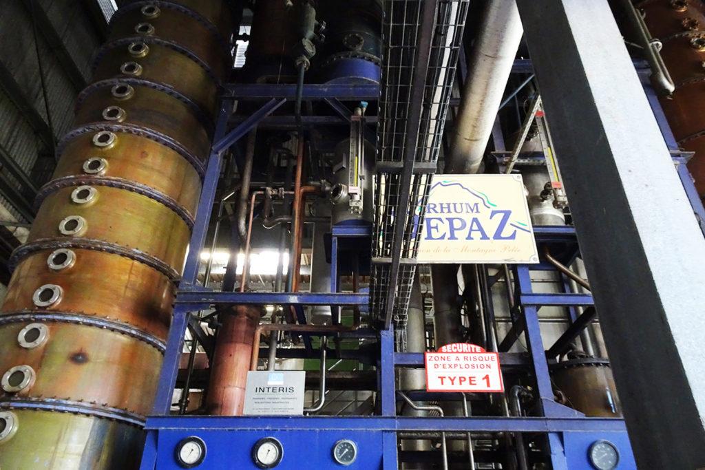 Prozess der Herstellung in der Depaz Rumdestillerie auf Martinique