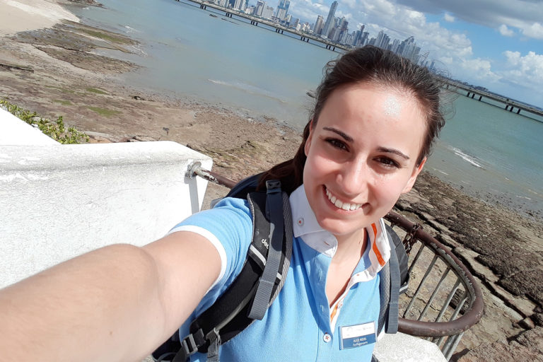 Ausflugsexpertin Mein Schiff von TUI Cruises in Panama City